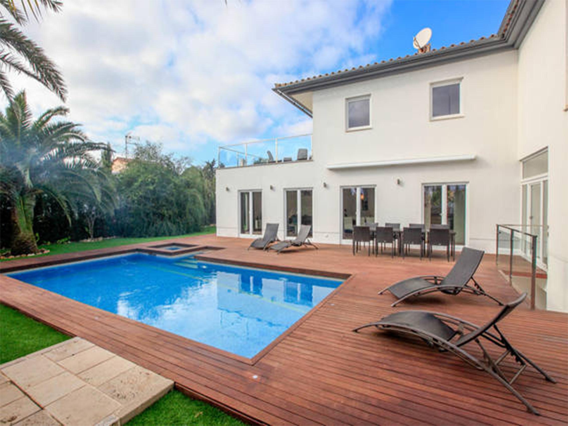 Летняя аренда дома с бассейном в Сантаньи, Майорка