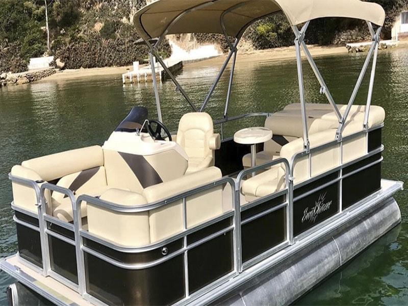 Лодки без лицензии в аренду в порту Андрач