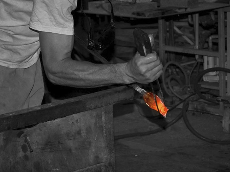 Фото изготовление стекла на острове Майорка