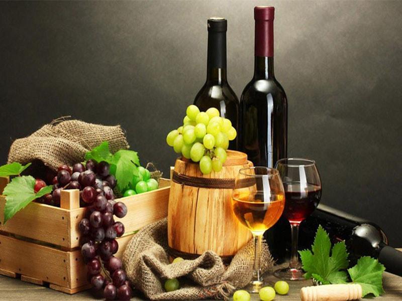 Фото вино и виноград